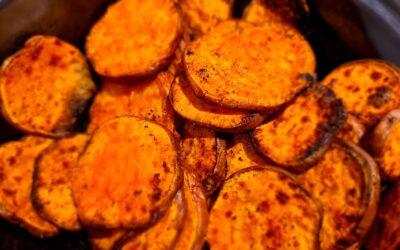 Zoete aardappel-'chips'