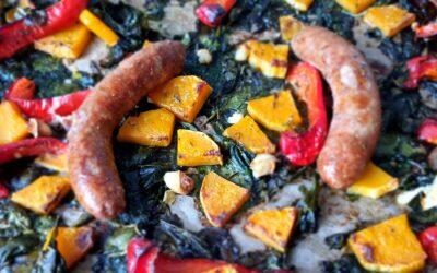 Ovenschotel met saucijs, spinazie en pompoen